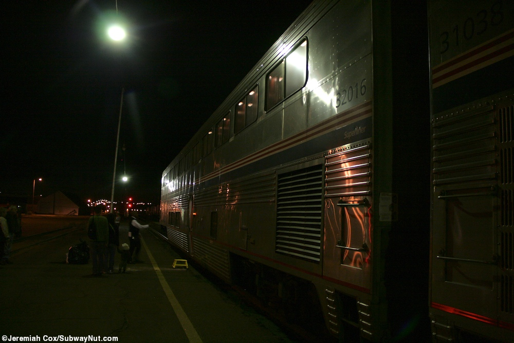 Havre mt amtraks empire boulder photos page 2 the subwaynut superliner sleeper 32016 is the last car of the train stopped at havre sciox Choice Image