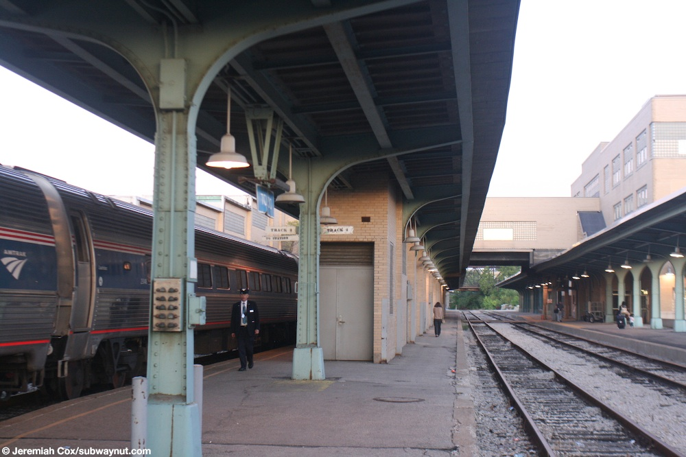 Toledo train station wedding