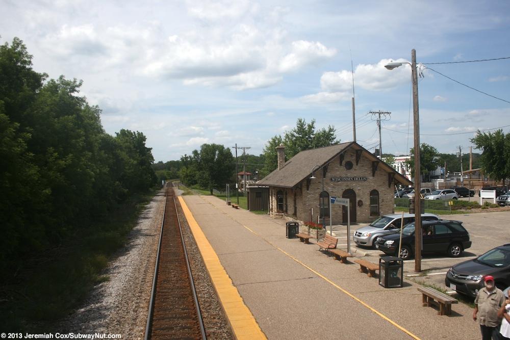 Wisconsin Dells Wi Amtrak S Empire Builder 7 27 827