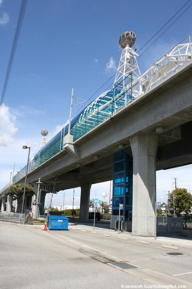 Redondo Beach (LA Metro Green Line)