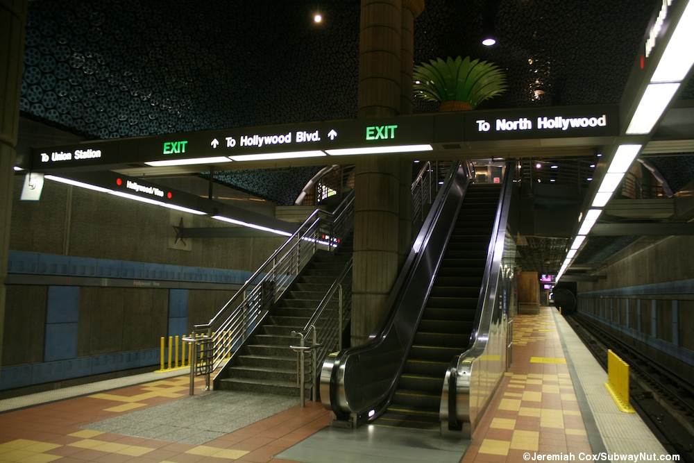Hollywood Vine La Metro Red Line Photos Page 2 The