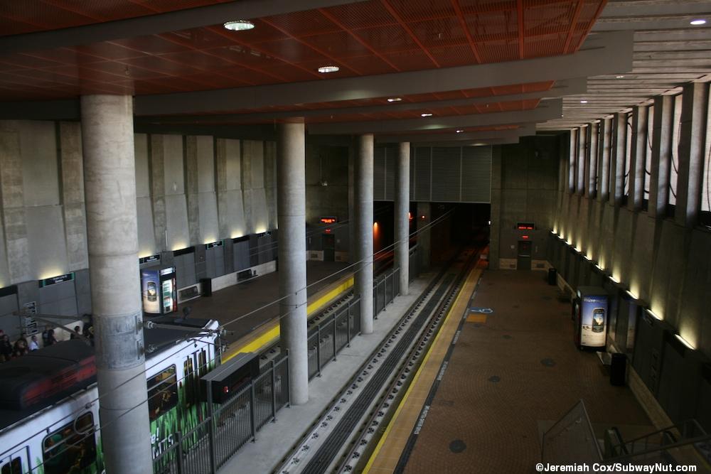 Bus and escalator - 1 8