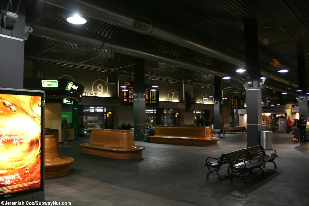 North Station Mbta Commuter Rail Amp Amtrak Downeaster
