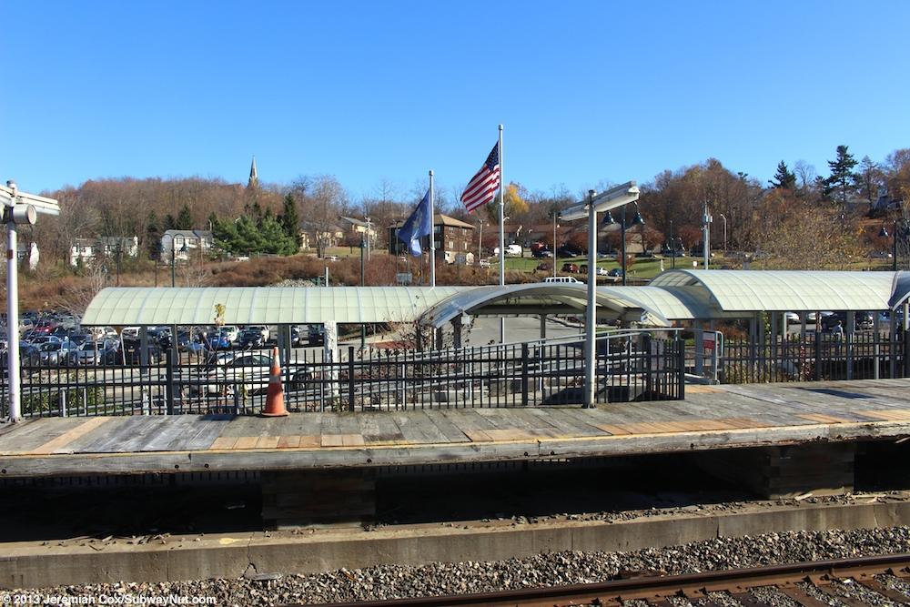 Beacon (Metro-North Hudson Line) - The SubwayNut