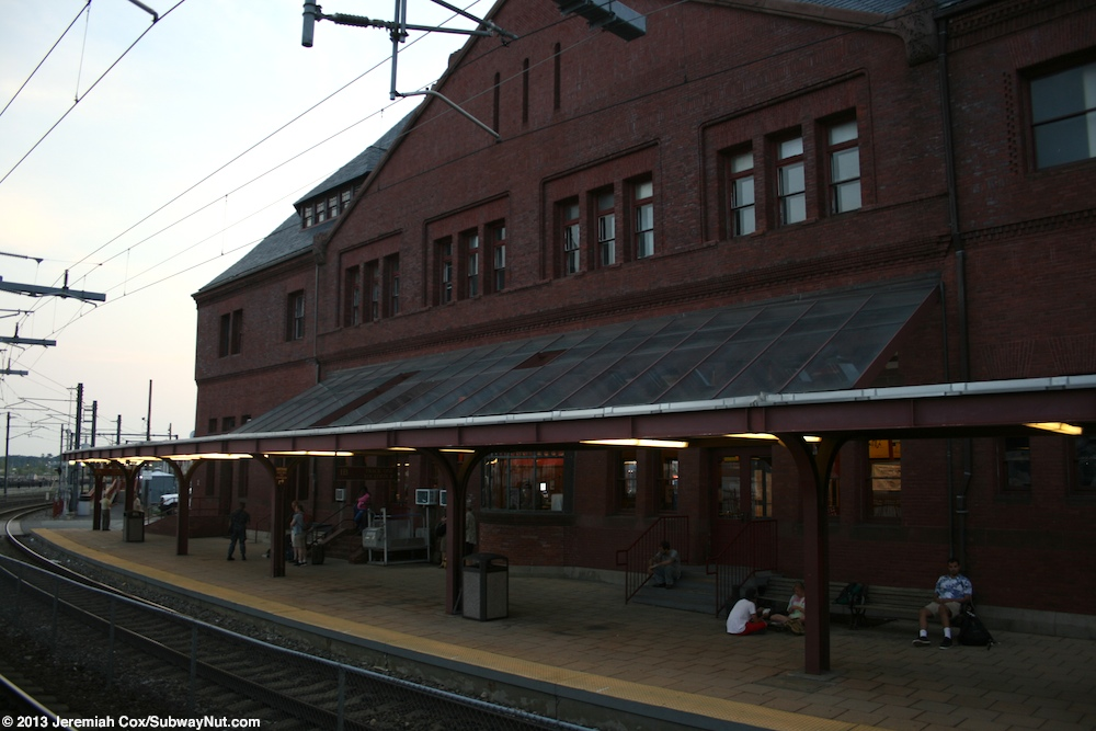 The Northeast Corridor offers some of the best train service in the country with a stop in New London, Connecticut just 20 minutes from Foxwoods. Whether you're coming from nearby Boston or as far away as Washington, D.C., Amtrak and Metro-North get you here fast.