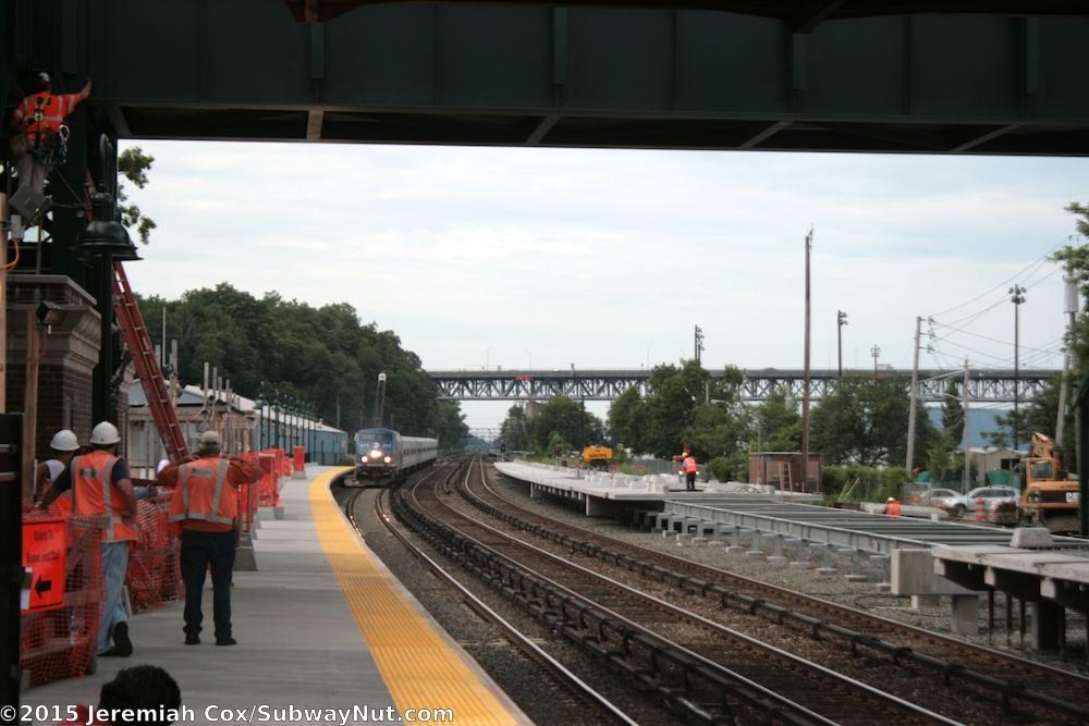 Exterior: Tarrytown (Metro-North Hudson Line)
