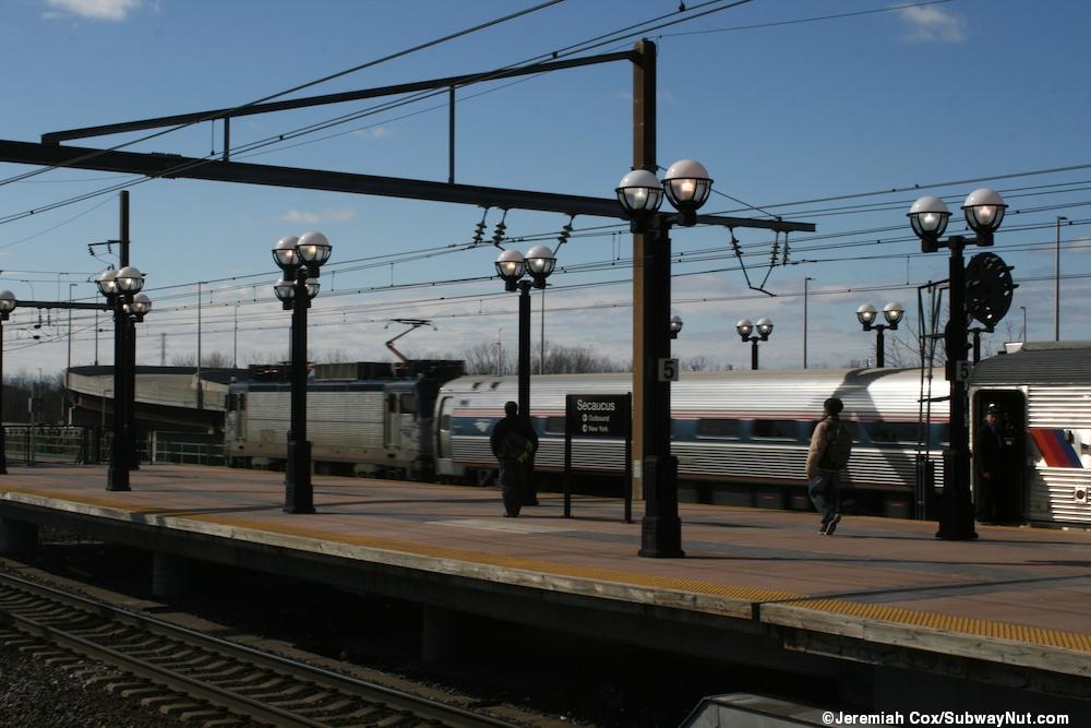 Frank r lautenberg secaucus junction rail station - Garden state parkway gas stations ...