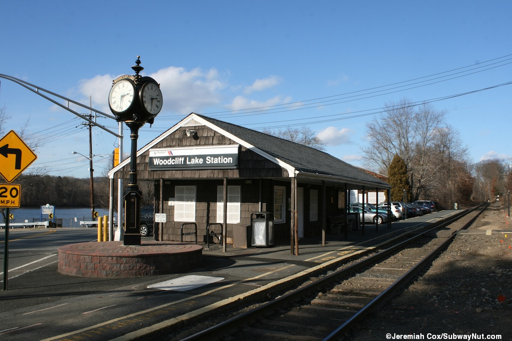 Woodcliff Lake (NJT Pascack Valley Line) - The SubwayNut